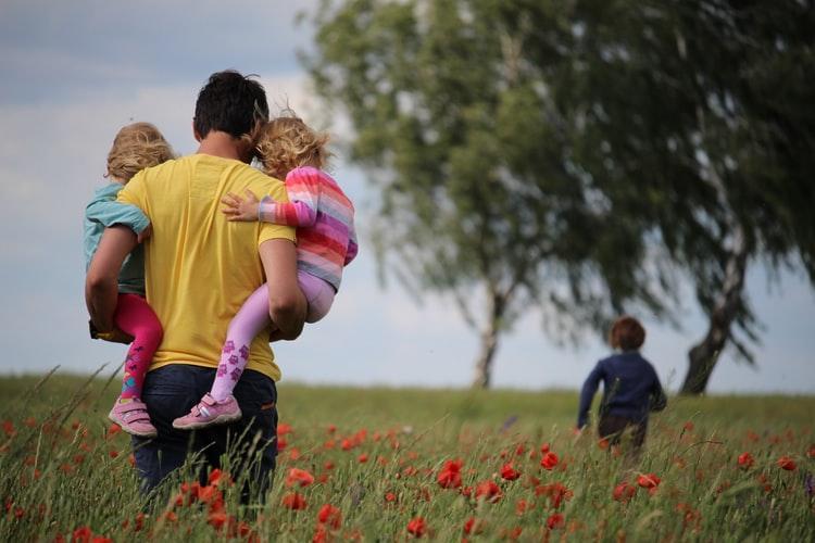 O desafio diário de cada cristão é ser, simultaneamente, criança e adulto na fé