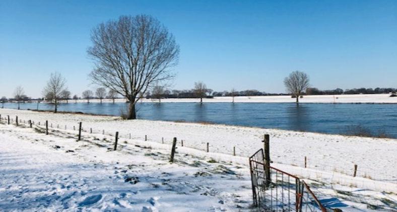 Heusden, na Holanda,  sob a neve (Lev Chaim)