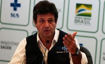 O ex-ministro da Saúde Luiz Henrique Mandetta em abril de 2020 durante entrevista com a imprensa (Marcello Casal Jr/ABr)