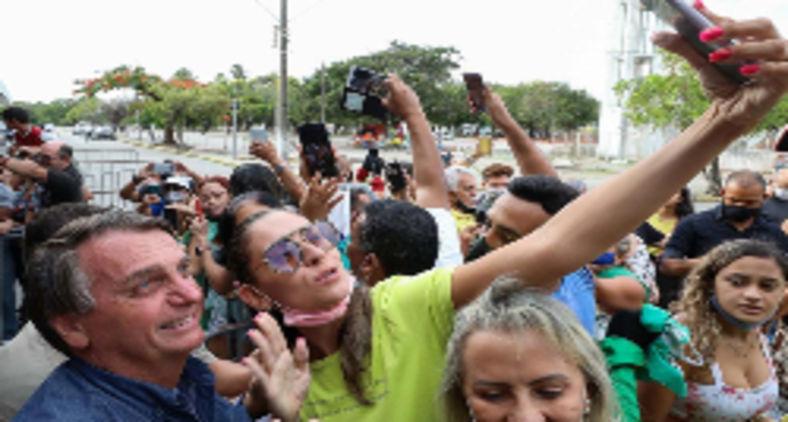 O negacionismo do presidente e sua indiferença diante da morte o tornam, sem nenhum exagero, um genocida (José Dias/PR)