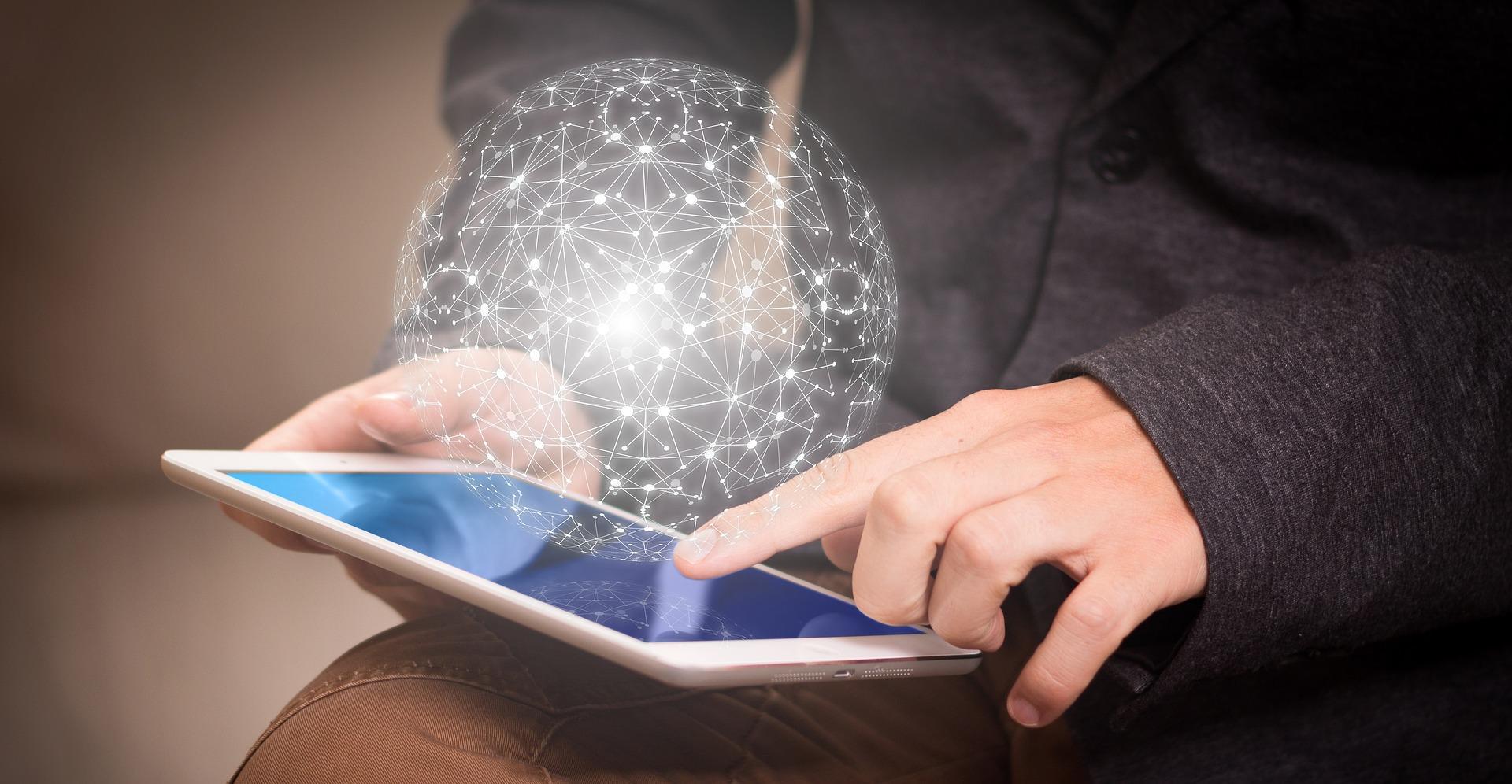 A Lei Geral de Proteção de Dados (LGPD) traz normas específicas para definir limites e condições para coleta, guarda e tratamento de informações pessoais.