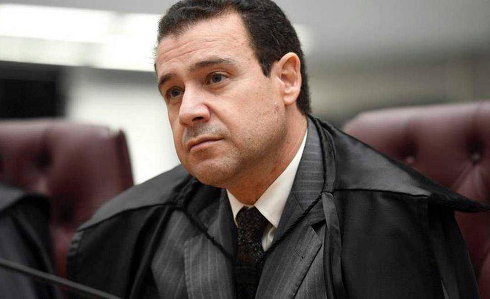 Ministro Nefi Cordeiro enfrenta problemas de saúde e cumpriu 30 anos de trabalho à Justiça