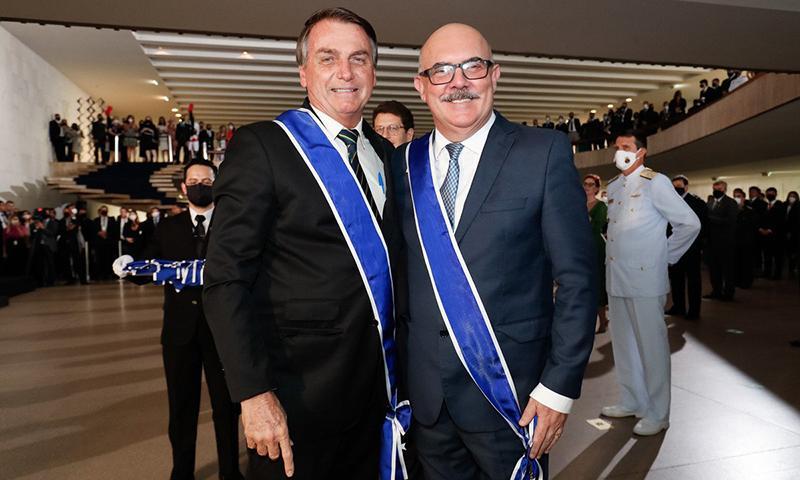O presidente Jair Bolsonaro e o ministro da Educação, Milton Ribeiro