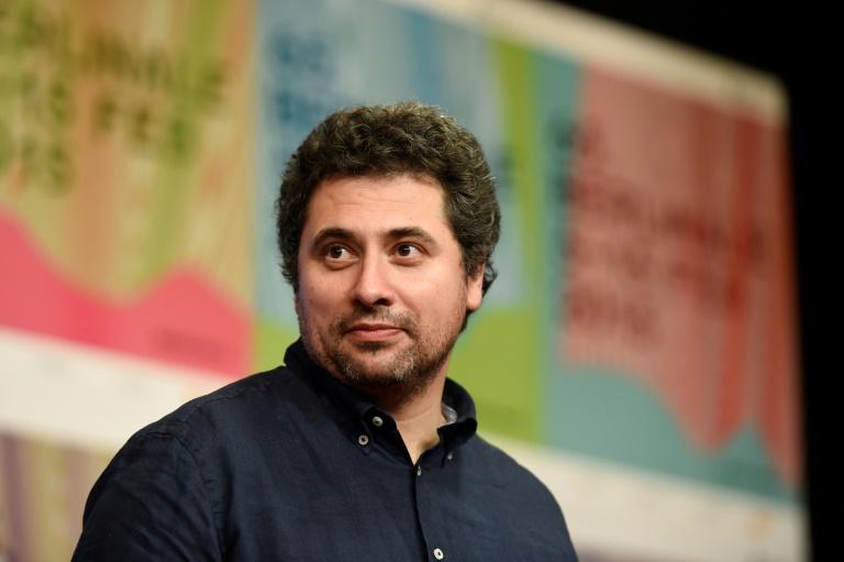 O diretor e roteirista Radu Jude, da Romênia, venceu o Urso de Ouro de Berlim com o filme 'Bad luck banging or loony porn'