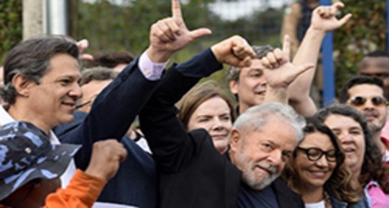 Lula foi solto em novembro de 2019 após 580 dias na cadeia (Henry Milleo/AFP)