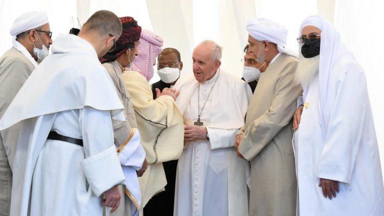 Um momento do encontro inter-religioso no Iraque