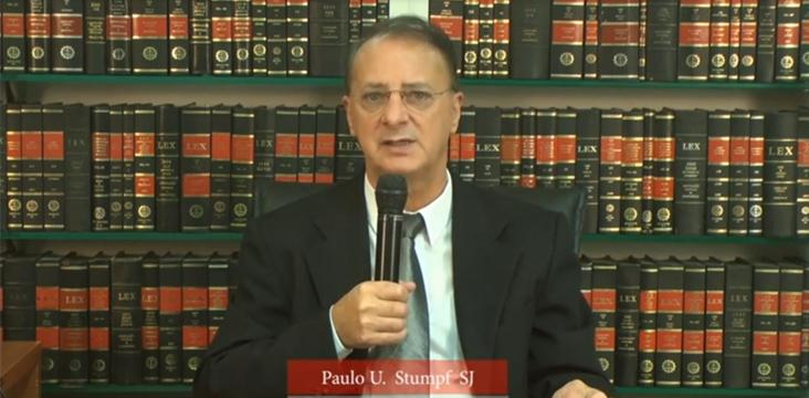Reitor Paulo Umberto Stumpf