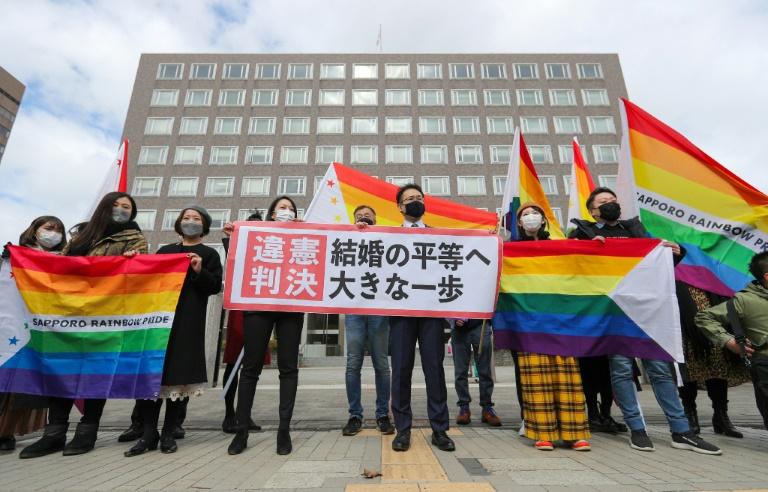 Um tribunal do Japão decidiu que não reconhecer o casamento entre pessoas do mesmo sexo é inconstitucional