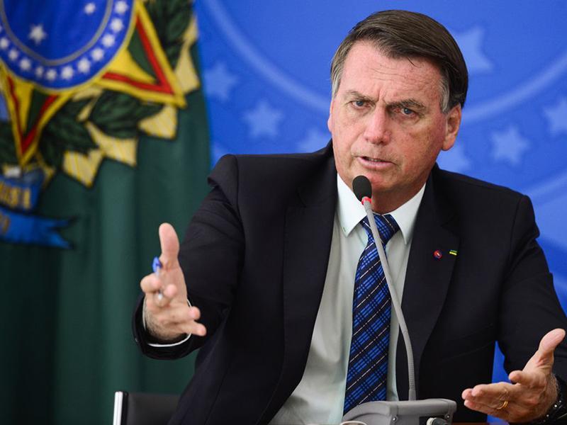 Segundo ele, aqueles que querem derrubá-lo não contribuem com soluções para a pandemia