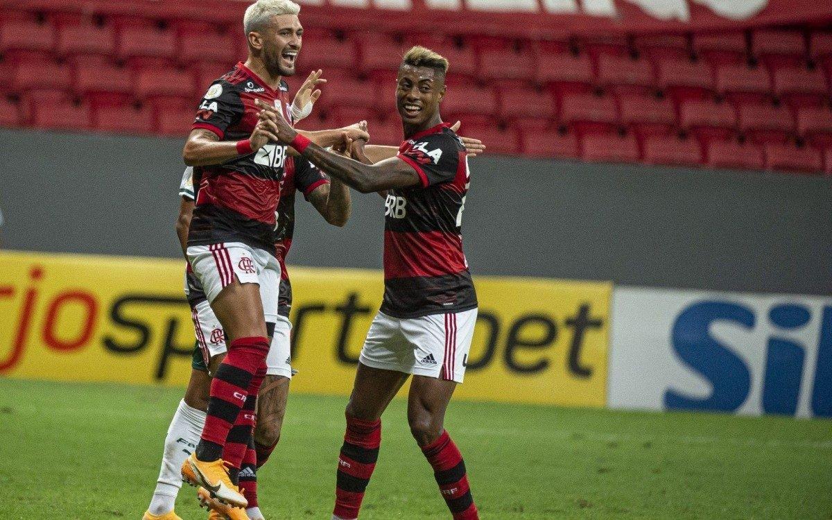 Dupla é destaque no excelente time do Flamengo