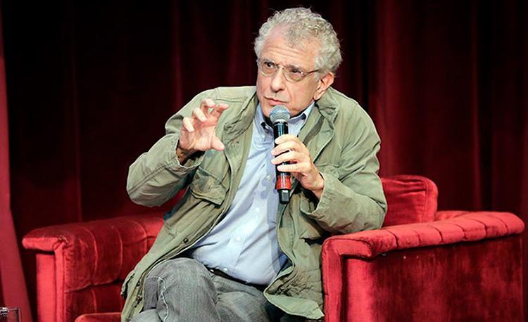 Calligaris estudou com Roland Barthes e Michel Foucault em Paris