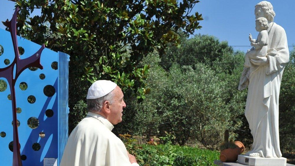 Francisco partilha suas reflexões sobre São José em  carta apostólica 'Patris Corde'