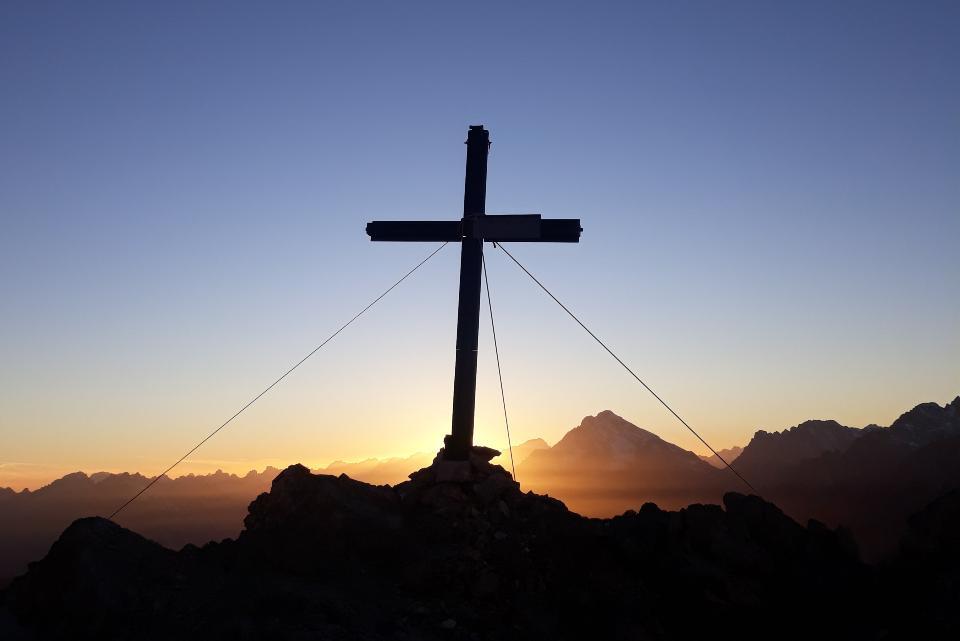 Jesus foi morto não por dizer que era o Filho de Deus, mas principalmente por provocar mudanças na realidade do seu tempo