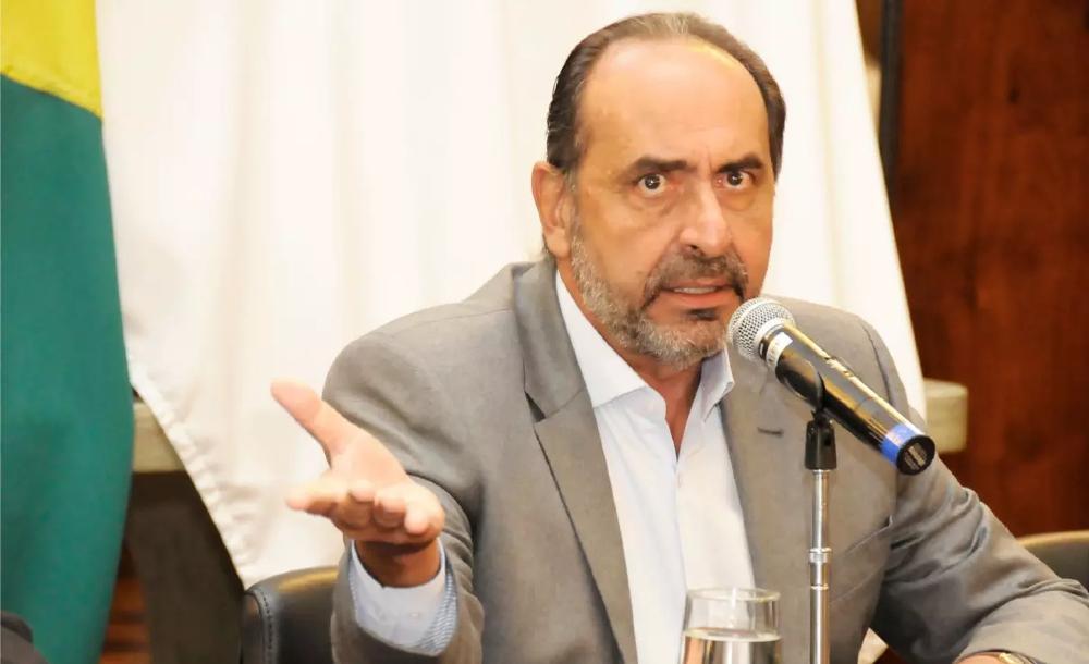O prefeito de Belo Horizonte foi intimado por Nunes Marques depois de usar o Twitter para dizer que não seguiria sua decisão