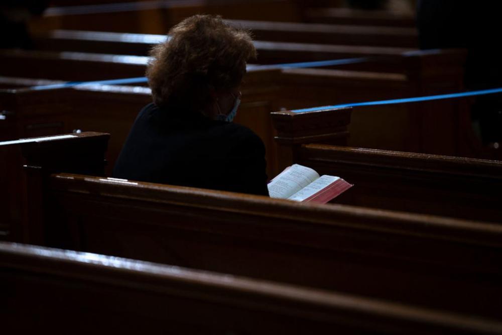Familiaridade que a maioria dos cristãos tem com o que cada capítulo do Tríduo Pascal enfatiza pode inadvertidamente levar muitos de nós a perder as implicações poderosas e oportunas daquilo que comemoramos