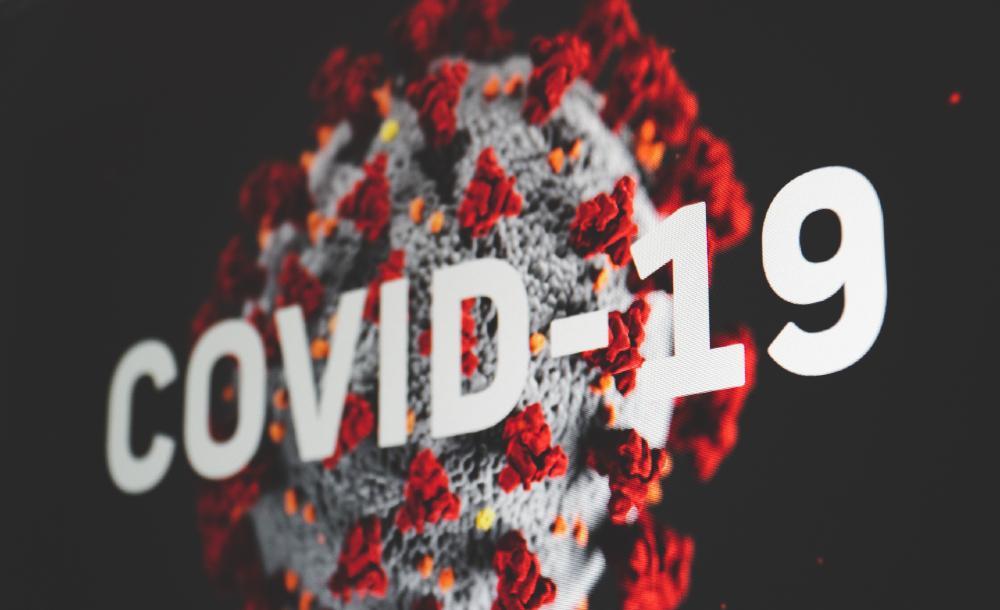 Durante esse um ano de atuação focada na prevenção à Covid-19, foram instaurados 1.015 inquéritos civis, expedidas mais de 6 mil notificações recomendatórias, firmados 35 TACs; ajuizadas 30 ACPs e realizadas 35 mediações