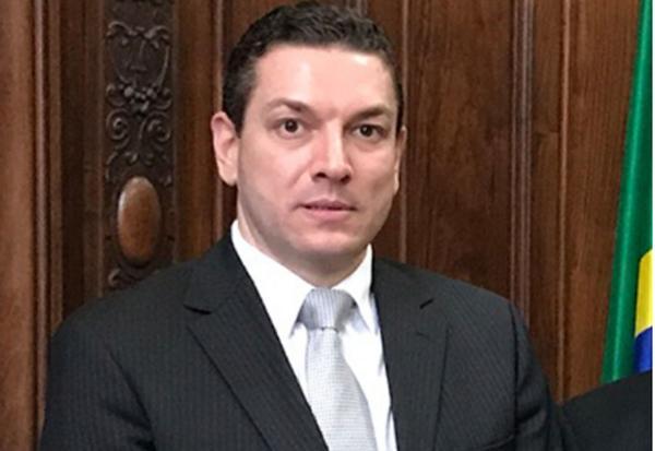 Maiurino trabalhou no governo de São Paulo como secretário na gestão de Geraldo Alckmin