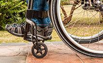 Muitas igrejas não têm entradas acessíveis à pessoas cadeirantes (Pixabay/stevepb)