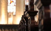 Igrejas devem respeitar regras de isolamento social para conter avanço do coronavírus (Pixabay)