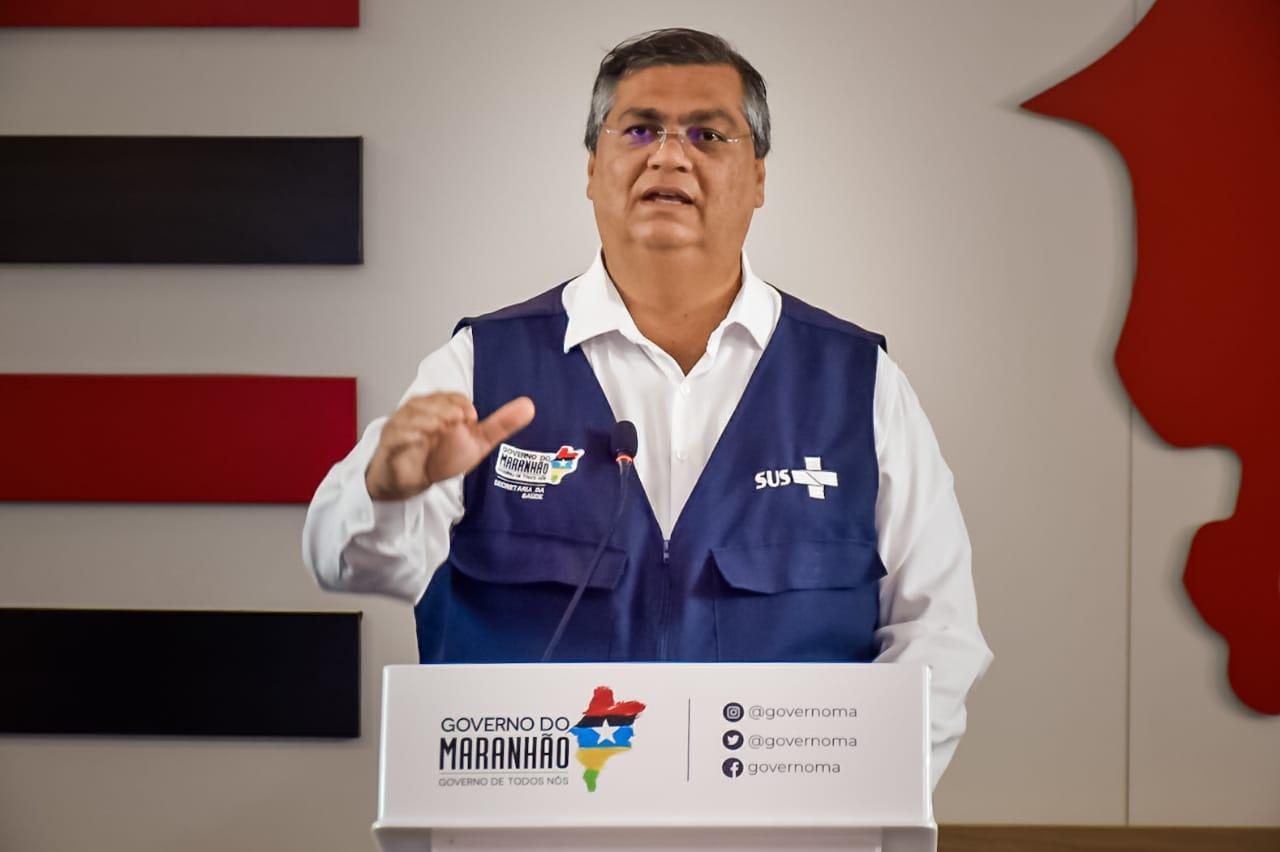 'Quem, na prática, combate a pandemia no Brasil são os estados e os municípios. 95% dos leitos públicos estão nos estados', explica Flávio Dino