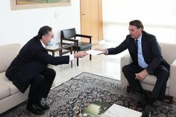 Governo Bolsonaro articula para atacar ministro Barroso (Marcos Corrêa/PR)