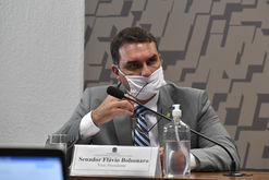 Flávio Bolsonaro é acusado do crime de 'rachadinha' (Leopoldo Silva/Agência Senado)