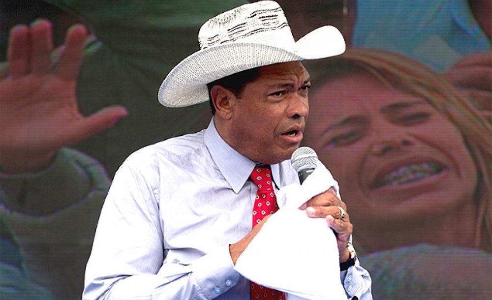 Aproveitando limintar de Kássio Nunes Marques,  pastor Valdemiro Santiago convocou culto presencial no domingo de Páscoa