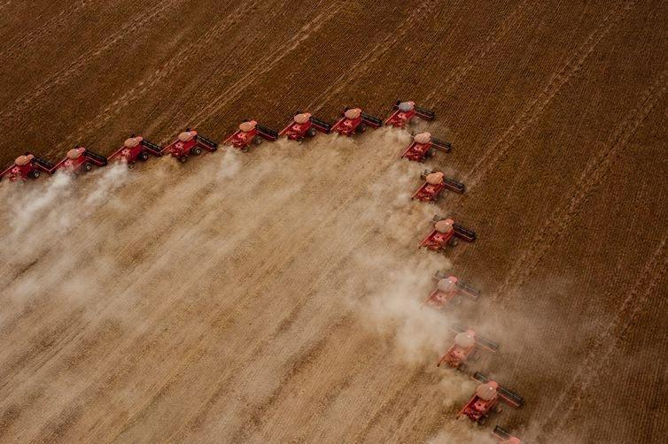 Em 2010, movimetação nos portos do Arco Norte respondiam por apenas 23% da produção nacional de soja e milho