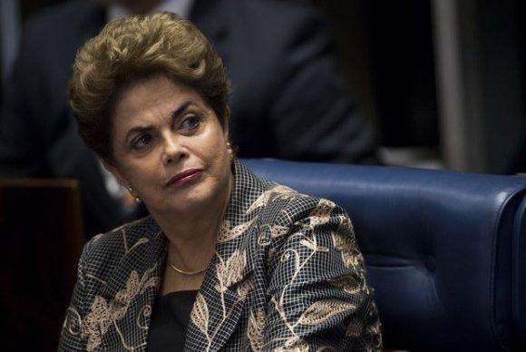 Bolsonaro se movimenta no mesmo sentido que a base aliada do governo Dilma