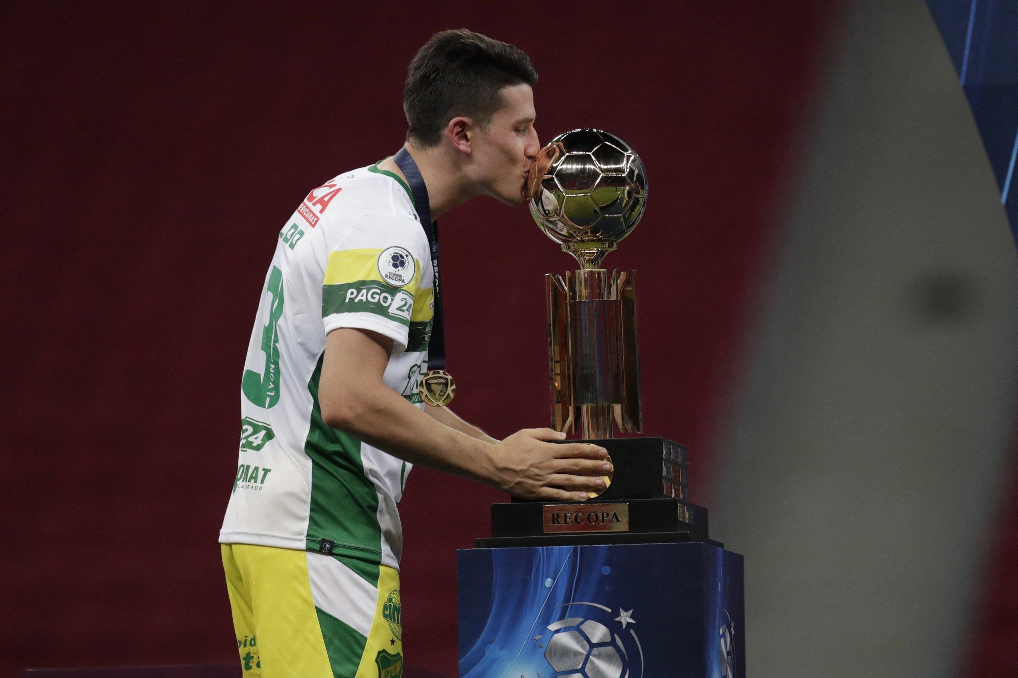 Partida aconteceu no estádio Mané Garrincha