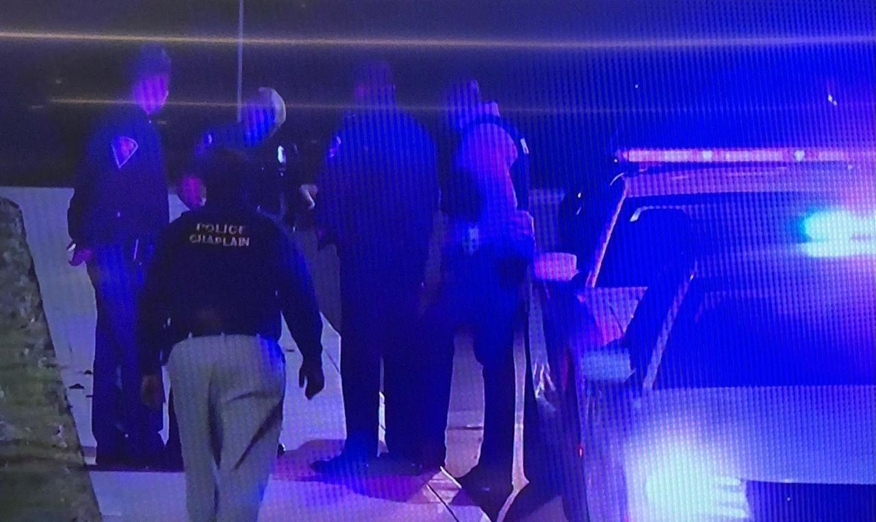 Todas as vítimas foram encontradas em uma instalação da empresa Fedex, perto do aeroporto internacional da cidade, onde um homem armado abriu fogo