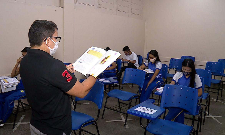 Foram acompanhadas 554 escolas da rede estadual paulista