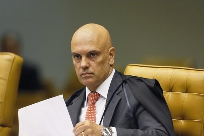 Ministro pediu mais tempo para analisar o processo