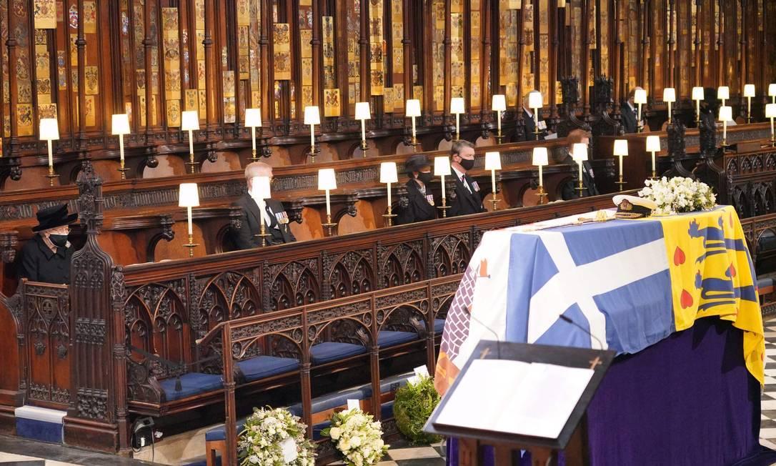 A rainha Elizabeth II durante o funeral do seu marido, príncipe Philip