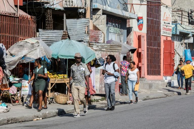 Uma rua em Porto Príncipe, onde a indignação aumentou nas últimas semanas com a violência e a agitação no Haiti