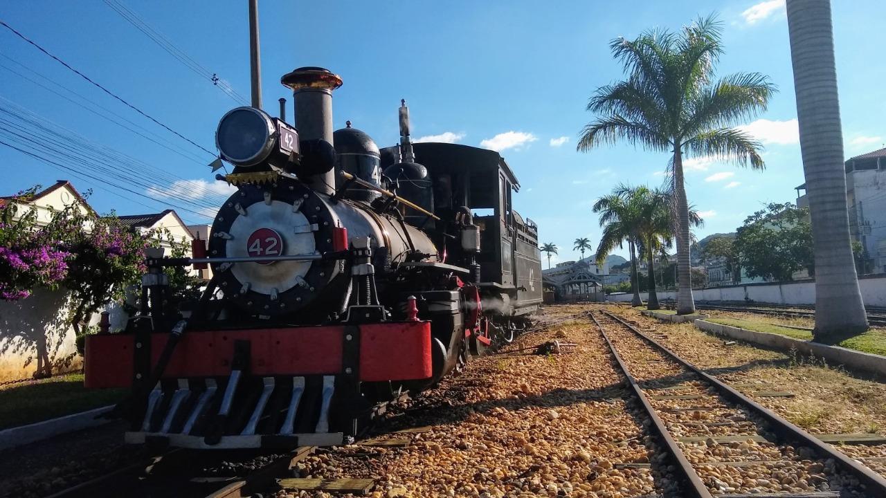 Entre os procedimentos destacam-se: a limitação da quantidade de trens e de assentos