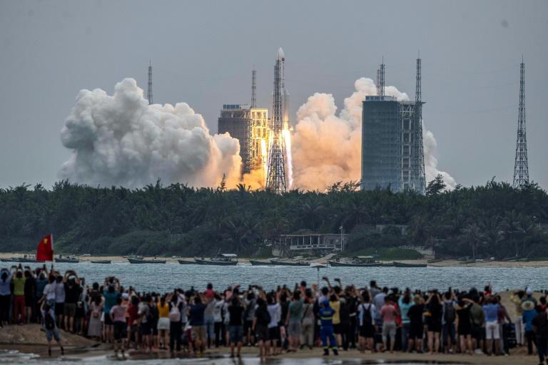 O lançamento do módulo Tianhe aconteceu na base de Wenchang, na ilha de Hainan