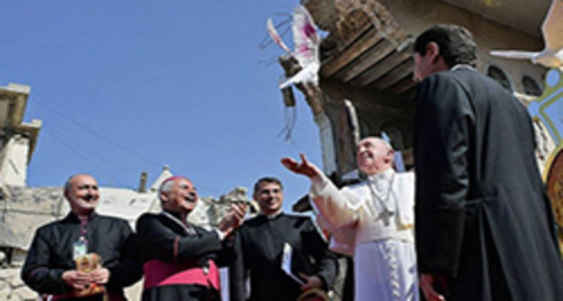 Papa Francisco em cerimônia na praça Hosh al Bieea, em Mossul, no Iraque, em março (AFP)