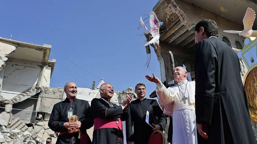 Papa Francisco em cerimônia na praça Hosh al Bieea, em Mossul, no Iraque, em março
