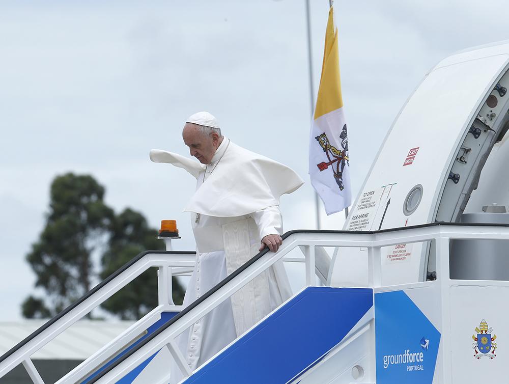 Papa Francisco chega em 12 de maio à base aérea de Monte Real, em Leiria, Portugal