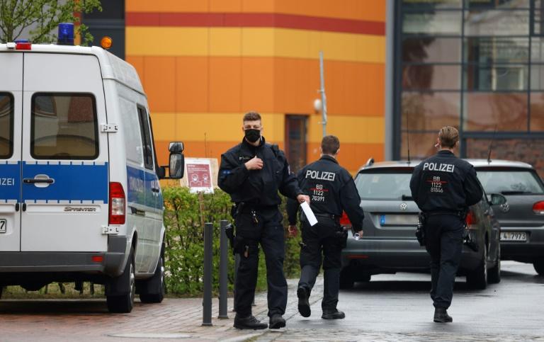 Policiais alemães, em 29 de abril de 2021, em Potsdam, no leste da Alemanha