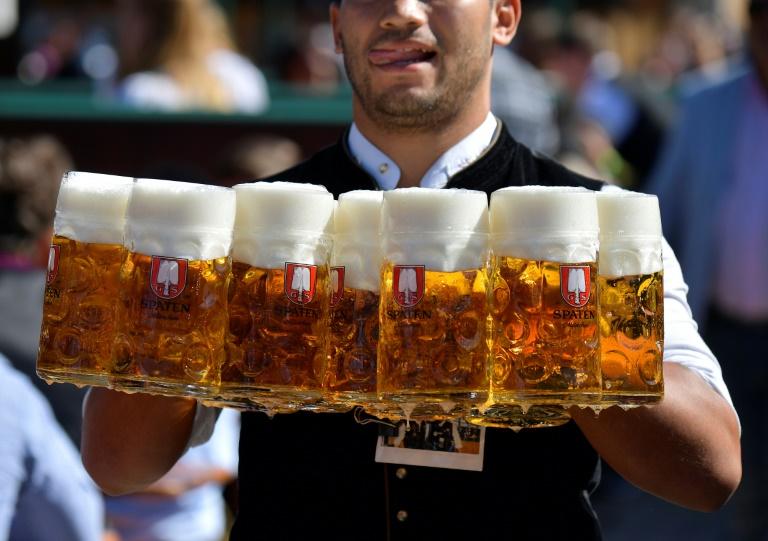 A Oktoberfest de Munique atrai mais de cinco milhões de visitantes