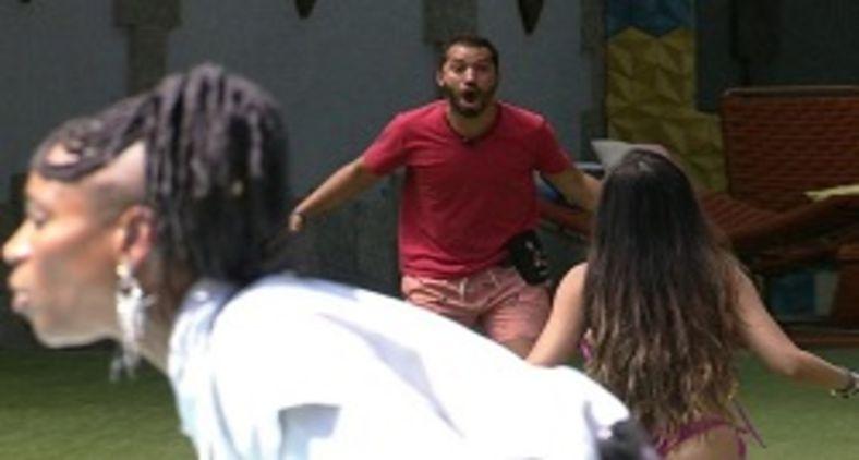 Entre brigas e muitas risadas, Gil do Vigor foi destaque desta edição (Reprodução TV Globo)