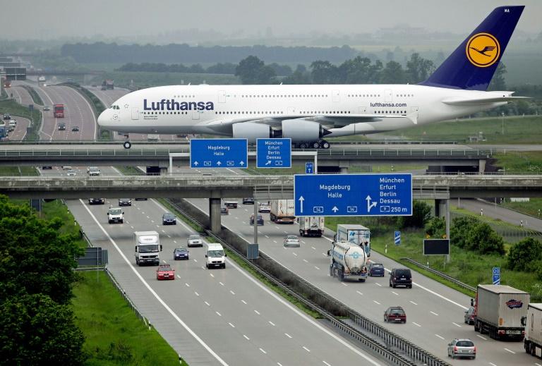 Avião da Lufthansa no aeroporto de Frankfurt em 20 de fevereiro de 2021