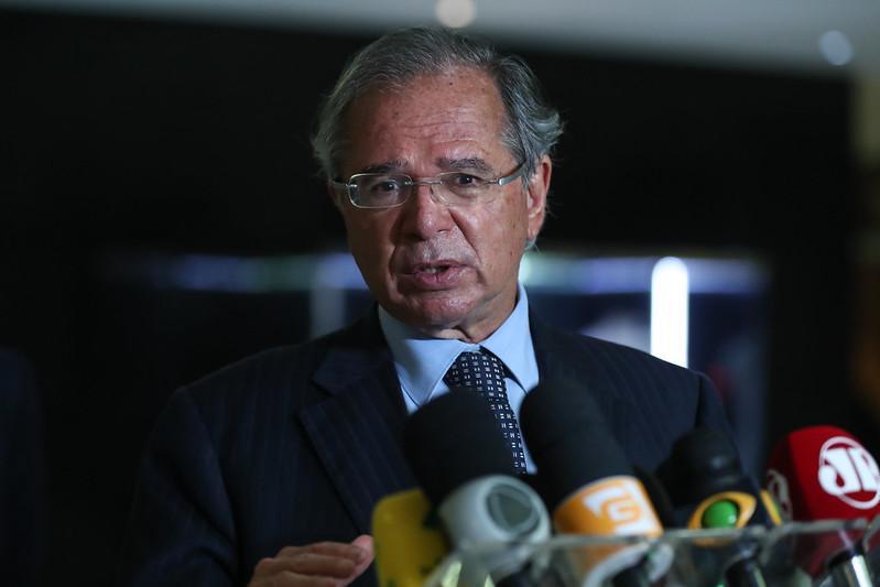 Paulo Guedes avalia que não é momento para CPI da Covid
