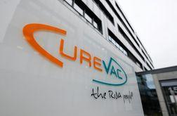 O laboratório alemão Curevac afirau que não consegue obter determinados materiais produzidos nos Estados Unidos (THOMAS KIENZLE/afp)
