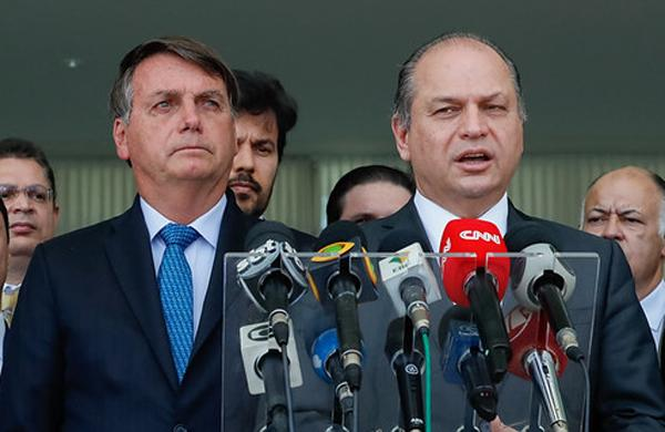 Presidente Bolsonaro emprega esposa do deputado Ricardo Barros