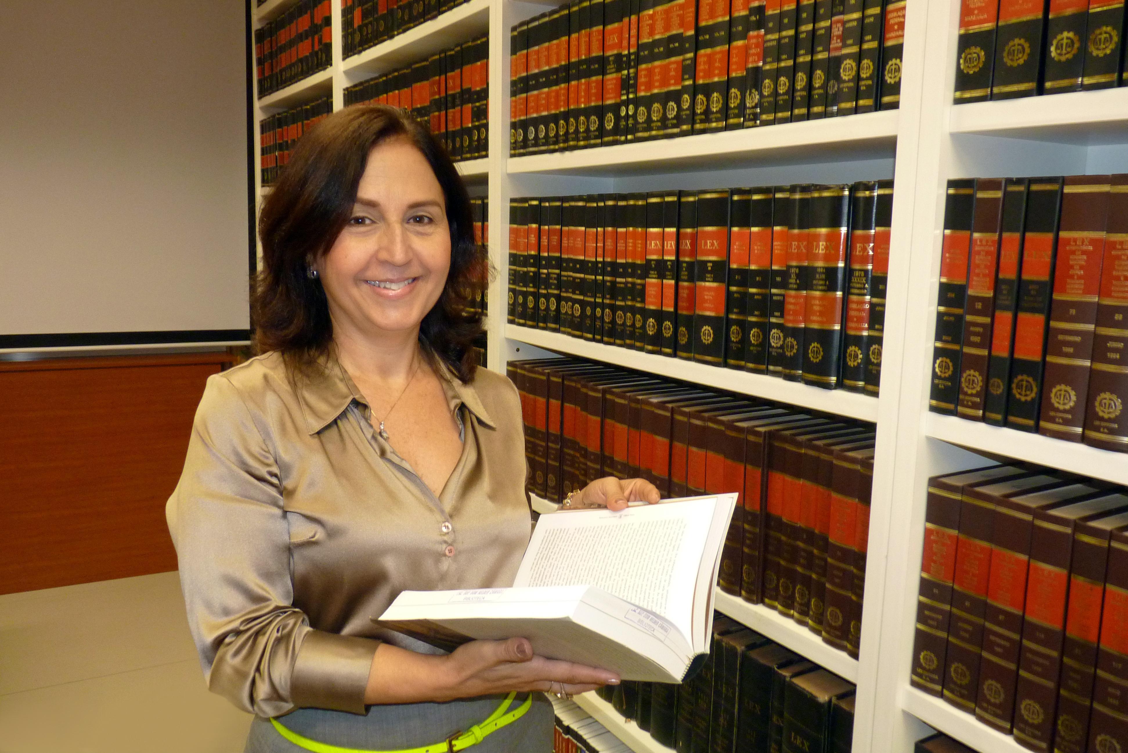 Professora Beatriz Souza Costa, Pró-Reitora de Pesquisa da Dom Helder