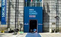 Preparativos para a cúpula dos líderes da União Europeia, em Porto (Miguel Riopa/AFP)