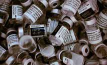 Doses da vacina Pfizer-BioNTech em centri de imunização de Paris (Martin Bureau/AFP)